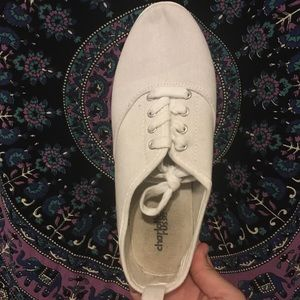 Charlotte Russe White Canvas Shoe